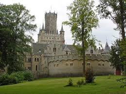 Замок Мариенбург в Ганновере (Германия)