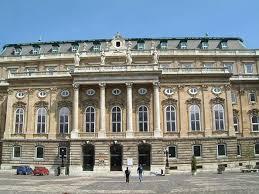 Музей истории Будапешта в Венгрии