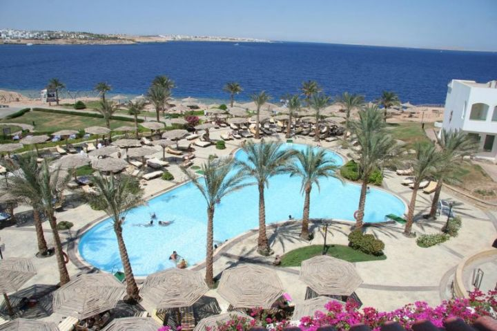 Отель CORAL BEACH TIRAN RESORT