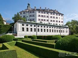 Замок Амбрас (нем. Schloss Ambras)
