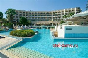 The Golden Coast Beach Hotel 4*