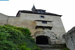 Замок Марксбург в Рейнланд-Пфальце