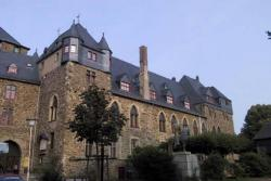 Замок Шлоссбург в Германии