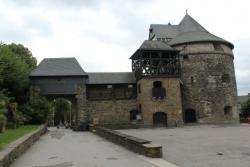 Замок Шлоссбург