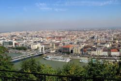 Вид с горы Геллерт на Будапешт